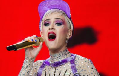 Katy Perry To Host 2017 MTV Video Music Awards... But Fans Are Not Excited