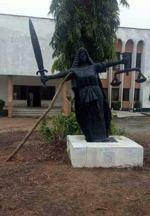 Photo Of The Day! - Even The Symbol Of Justice In Nigeria Is Tired