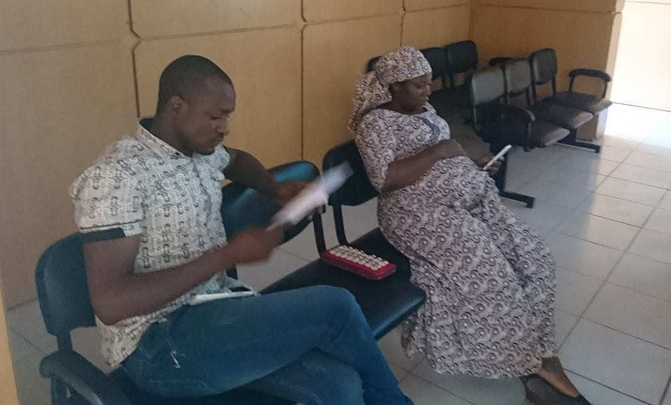 Photos: EFCC arraigns pregnant woman, one other for forgery