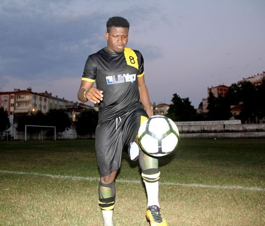 Ghanaian footballer signs for Turkish club for 4.53 litres of olive oil.