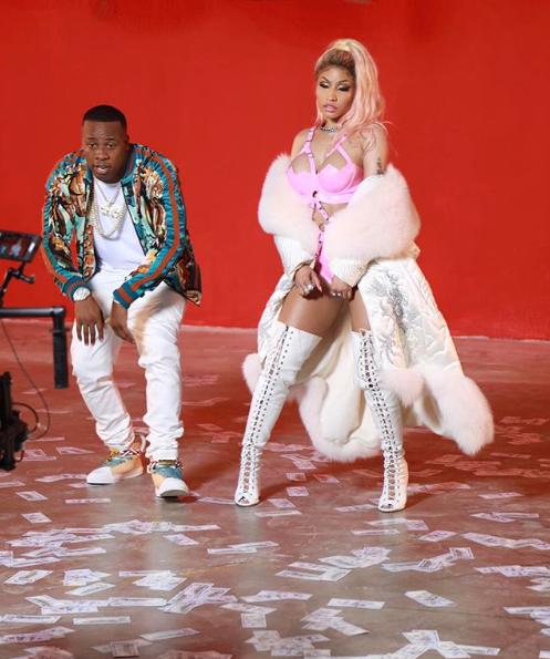 Nicki Minaj shares photos from her 'Rake it up' video shoot