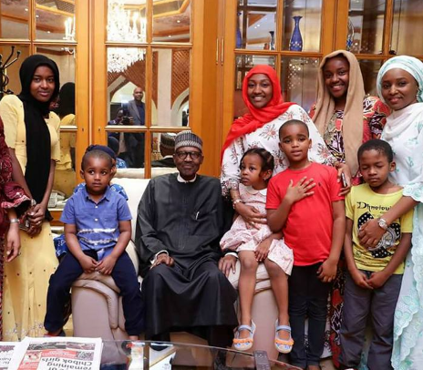 Photos: Pres. Buhari arrives Aso Rock, meets with his children and grand children