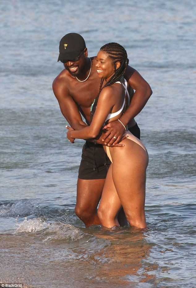 (Photos)Gabrielle Union And Dwayne Wade Flaunt Their Vacation In Mykonos, Greece