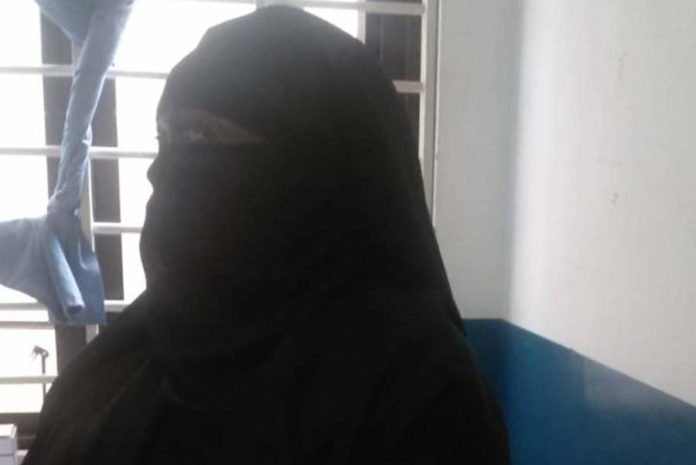 Minister Disguises To Catch Corrupt Workers