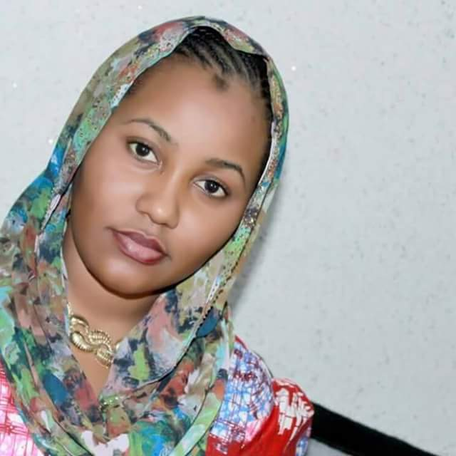 "Advise your father to divorce your mother and marry me""- Kannywood actress Hadiza Gabon lashes out at man who said she should go and marry"