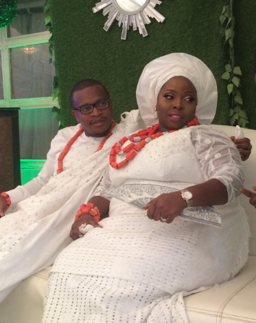 Trending video of a beautiful plus size Nigerian bride digging it out with her husband on the dance floor (Watch)