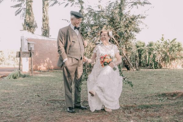 Brazilian couple finally have wedding photos taken 60 years after their wedding