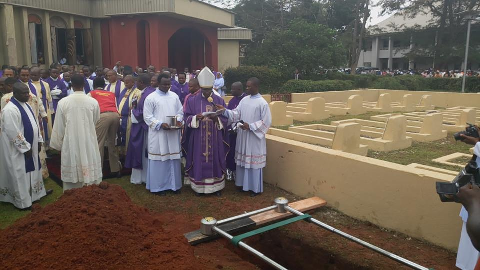 Slain Catholic priest Reverend Father Cyriacus Onunkwo laid to rest (Photos)