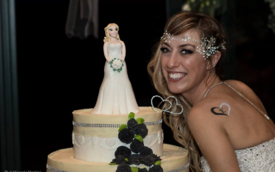 Italian bride marries herself in fairytale ceremony (photos)