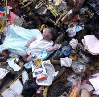 Graphic photos: Dead Baby found at a refuse dump site in Port Harcourt