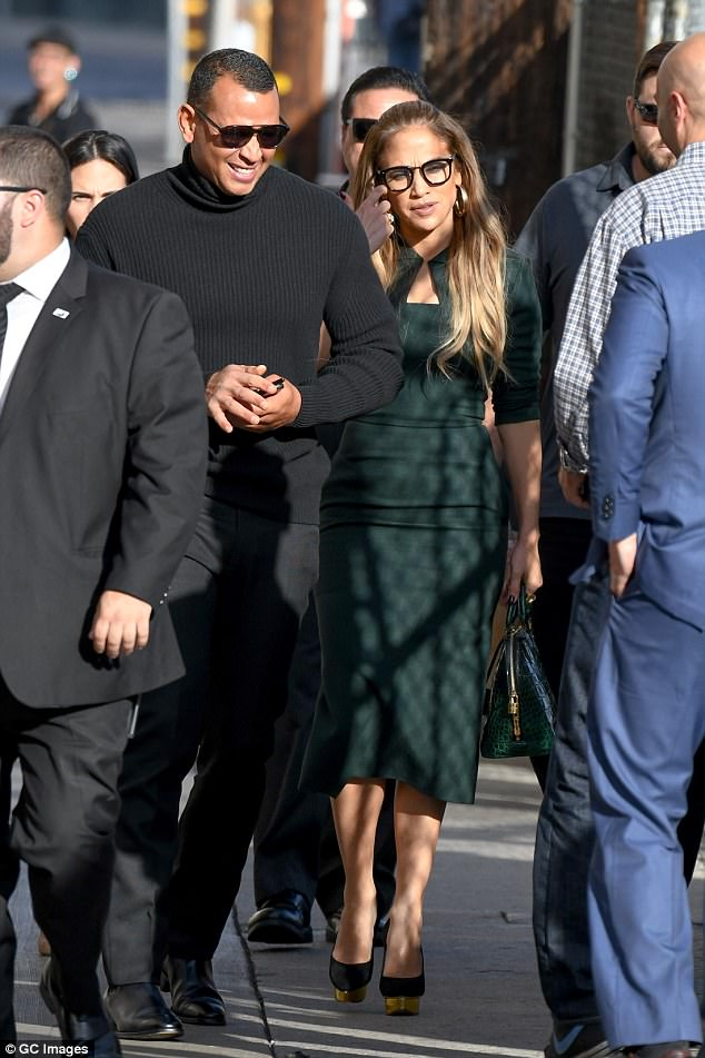 Photos: Jennifer Lopez flaunts amazing figure in green dress as she steps with Alex Rodriguez to Jimmy Kimmel Live taping