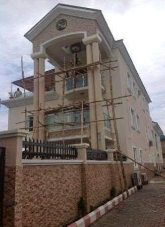 Photo: Fuji musician, Alao?Malaika builds new home in Lekki
