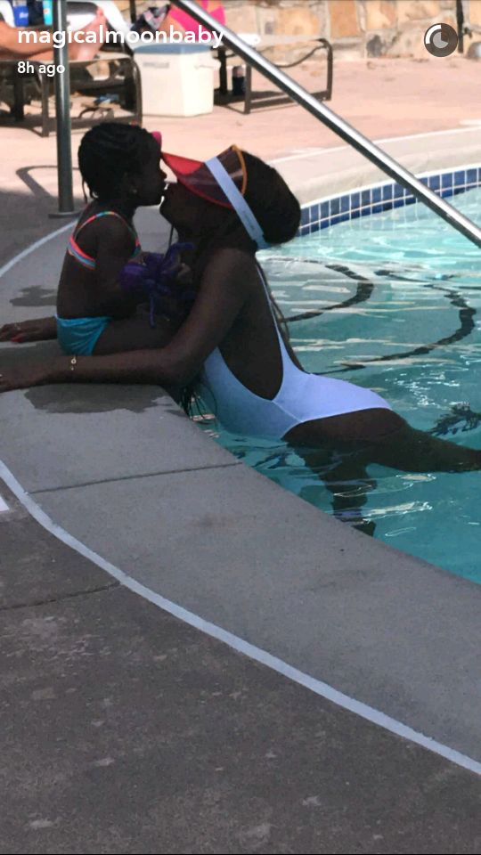 Sophia Momodu shows off her banging body as she vacations in Georgia with her daughter