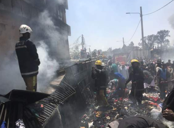 Photos:?Fire guts popular Kenyan second-hand clothes market