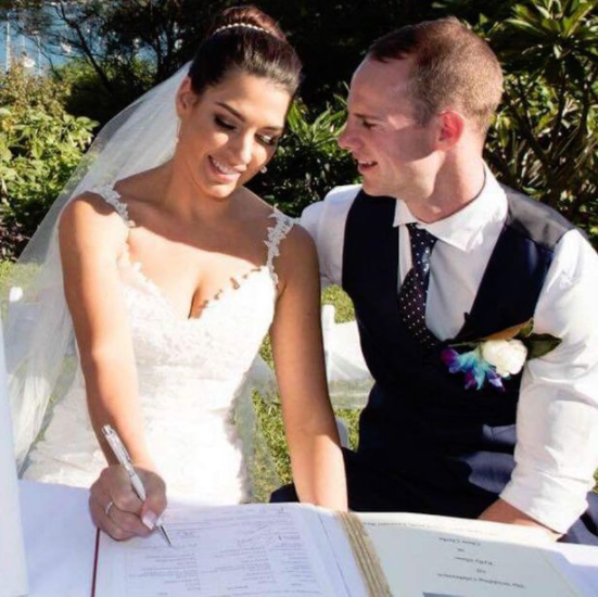 Beautiful new wife dies suddenly during honeymoon, leaving groom heartbroken