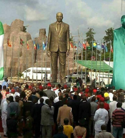 Governor Rochas Okorocha Builds Giant Statue Of South Africa President,Jacob Zuma In Imo State, Nigerians Reacts