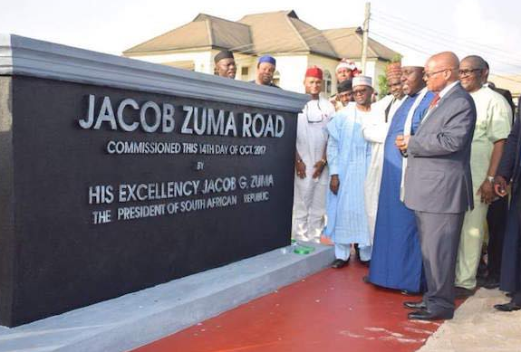 Photos: Rochas Okorocha builds giant statue of Jacob Zuma, names a road after him in Imo State