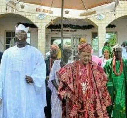 Alaafin of Oyo explains why OPC leader, Gani Adams, was chosen as the next Ona Kakanfor of Yorubaland instead of Tinubu, Fayose, others