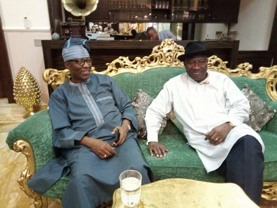Photos: Former President Goodluck Jonathan and wife, Patience, receive ex-Ogun governor, Gbenga Daniel at their Abuja home