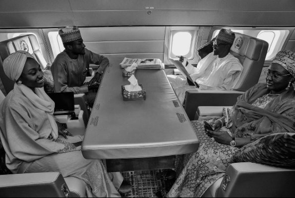 Photo of President Buhari and his family enroute Turkey today