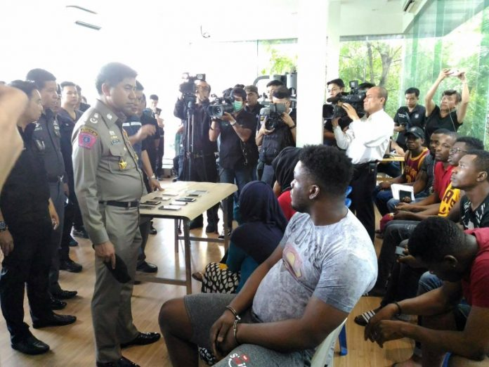 Photo: Nigerians, Somalians, others arrested in more raids targeting Africans in Bangkok, Thailand