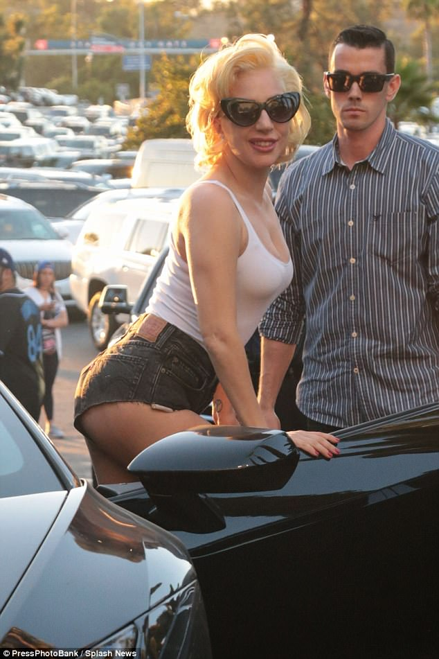 Lady Gaga puts on very sexy display as she arrives for World Series game in LA (Photos)