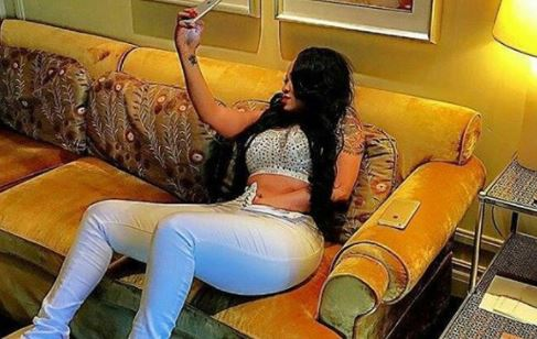 Vera Sidika shares raunchy photo of her hand placed in her pubic region