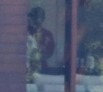 Photo purportedly shows Selena Gomez kissing Justin Bieber following breakup with The Weeknd