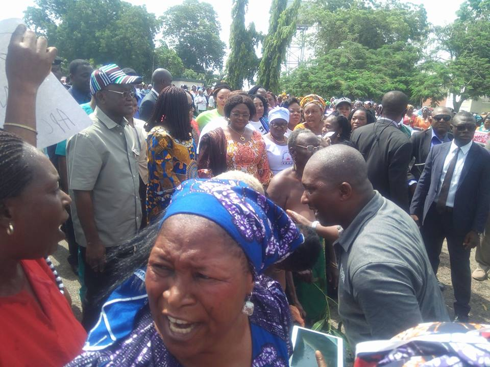 Photos: Elderly women bare their breasts in support of the Benue state anti-open grazing law