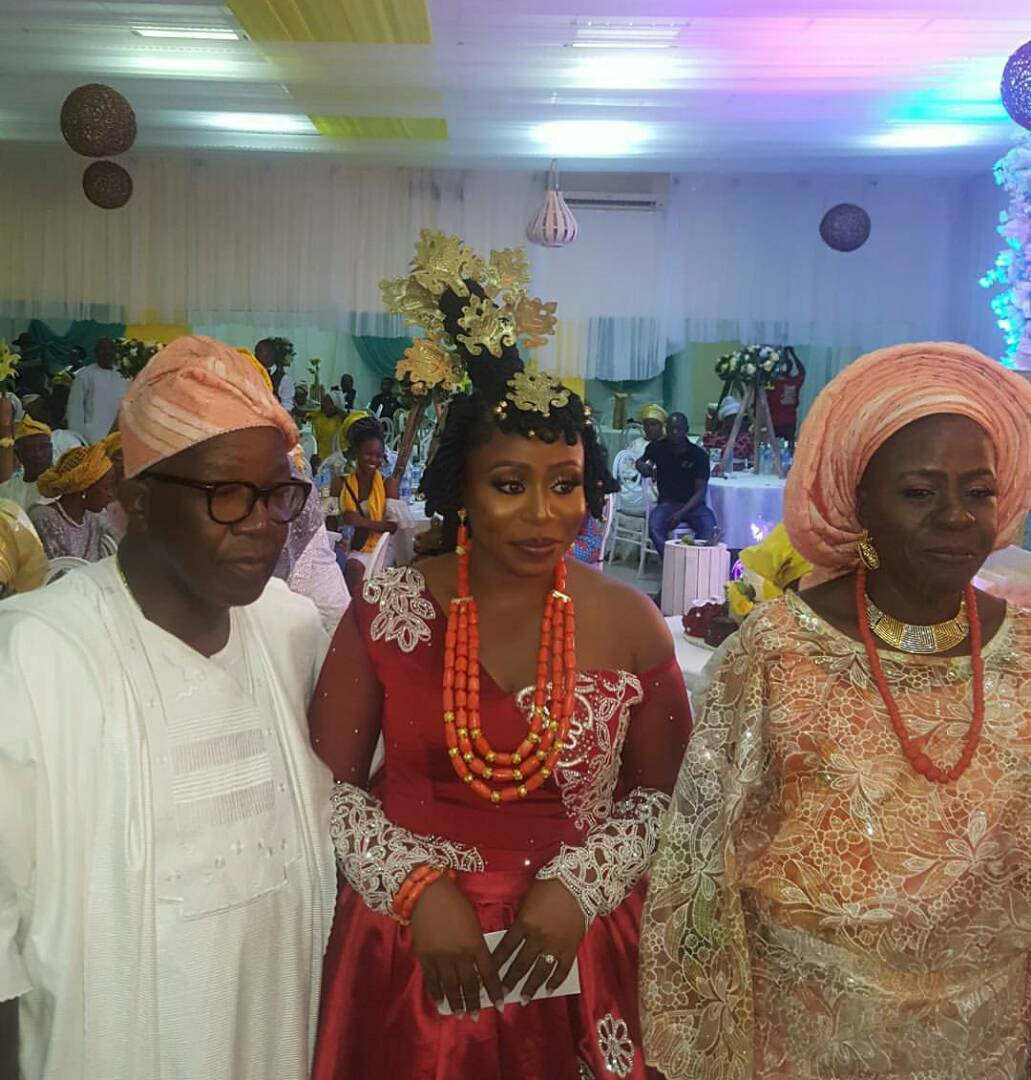 Photos from the traditional wedding of actor Daniel Etim Effiong and media personality, Toyosi Phillips