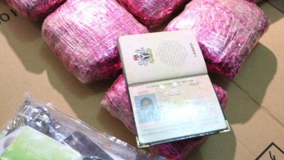 Photo: Two Kenya Airways cabin attendants arrested as they prepare to ferry 40kg of narcotics to Lagos, Nigeria