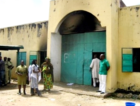 Man bags two years in jail for?smuggling Indian hemp Into Kirikiri prison