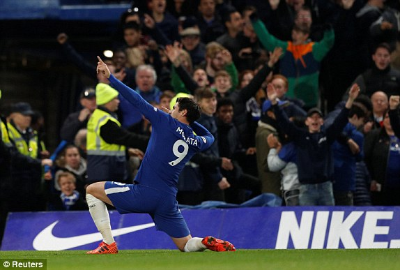 Chelsea enjoy triumphant night as they beat Man U. 1-0 in entertaining encounter