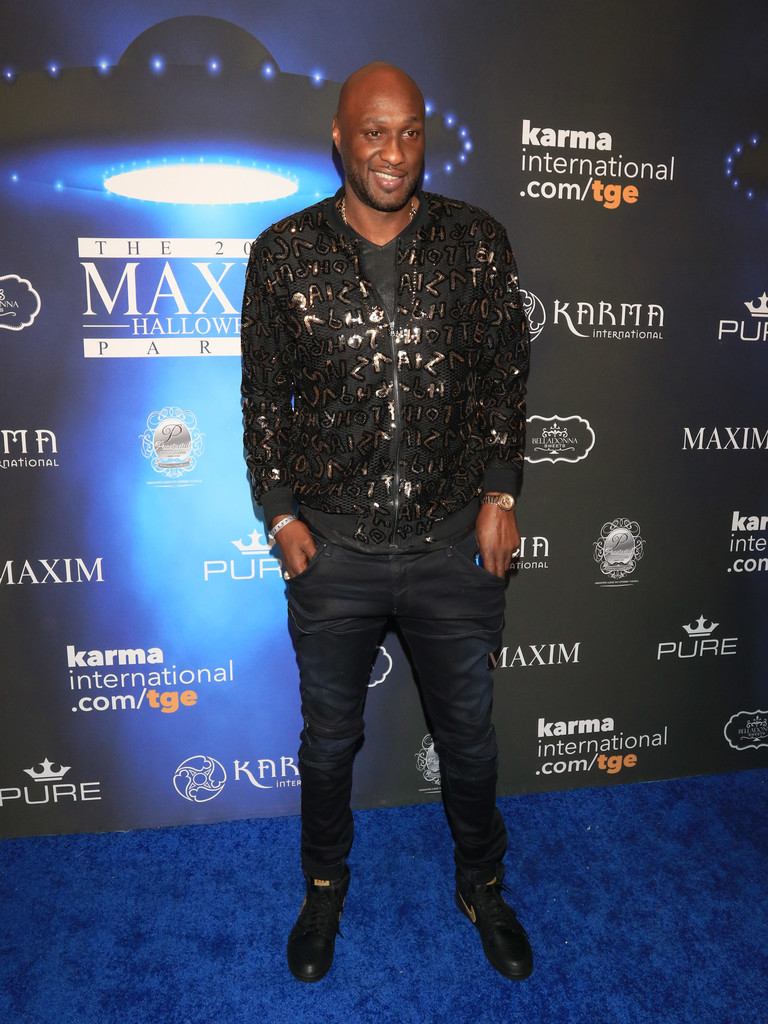 Lamar Odom collapses in LA nightclub while partying