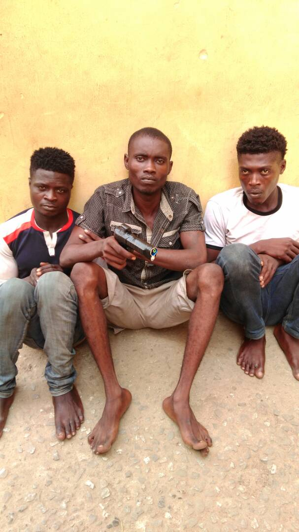 Photos: Lagos state police command arrest two brothers , several others that specialize in traffic robbery