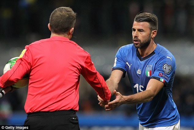Gianluigi Buffon and Andrea Barzagli announce international retirement after Italy failed to qualify for 2018 World Cup