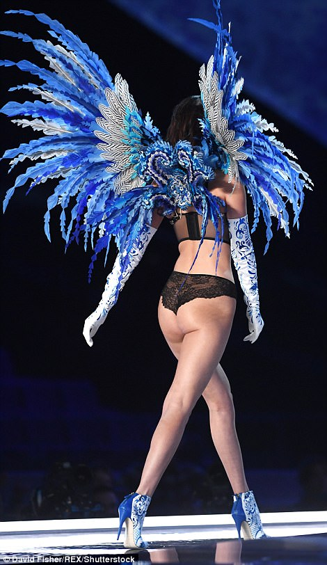 Bella Hadid suffers double nip slip during Victoria