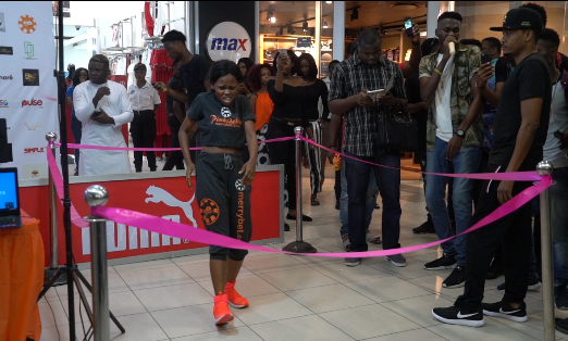 Nigerian dancer, Pinki Debbie is on a mission to break the Guinness World Record for the longest dance by an Individual. Already danced for over 90 hours!