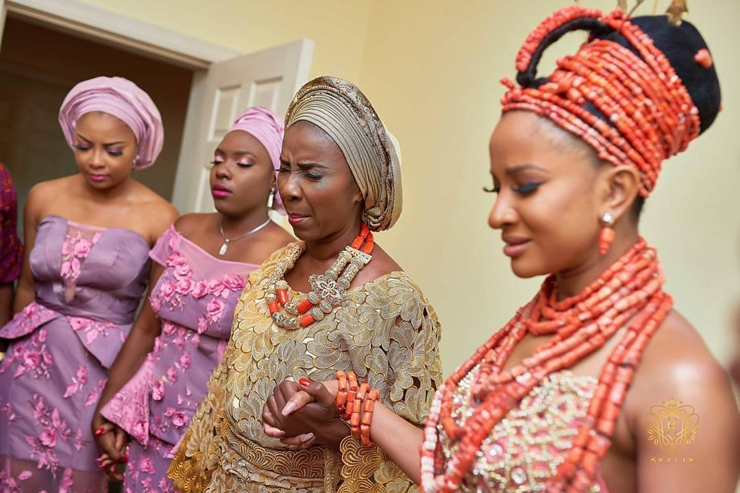 Adesua Etomi Pictured With Her Mother As They Prayed Before Her Wedding