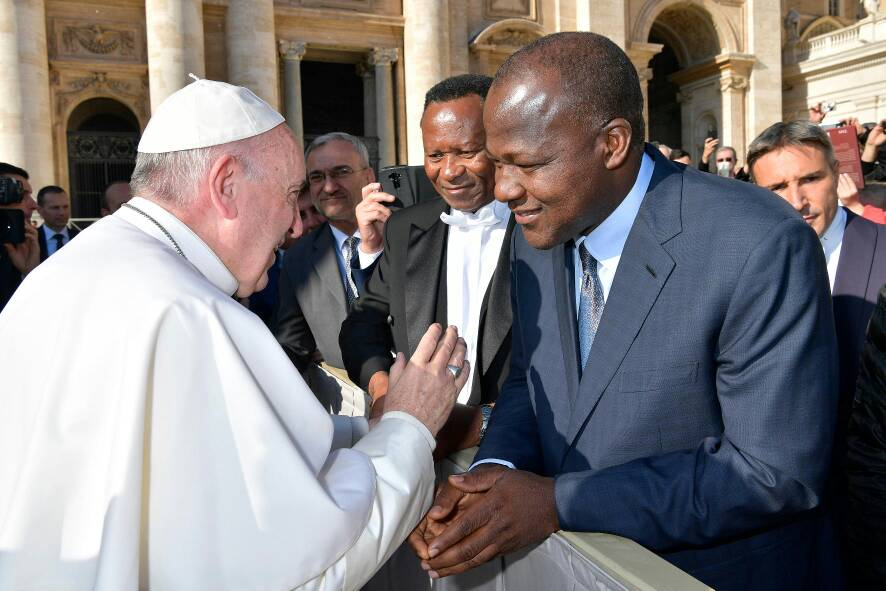 Photos: Speaker of the House of Reps, Yakubu Dogara, meets Pope Francis