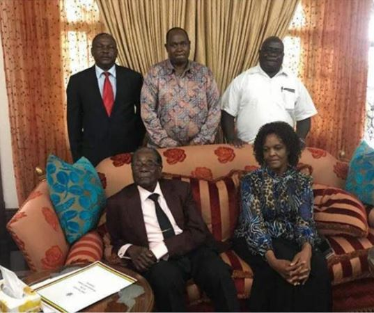 First photo of Robert Mugabe and his wife after his resignation