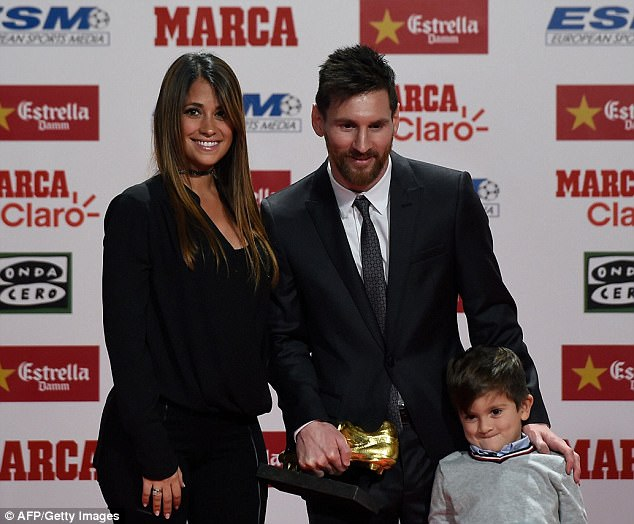 Barcelona icon Lionel Messi wins his 4th European Golden Shoe award after netting 37 La Liga goals last season (Photos)
