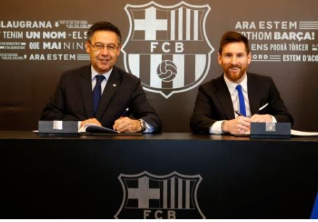 Lionel Messi renews contract with FC Barcelona till 2021 with his?buyout clause set at 700 million euros