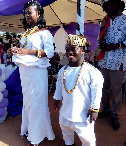 Viral photo of a Ghanaian dwarf and his beautiful bride on their wedding day