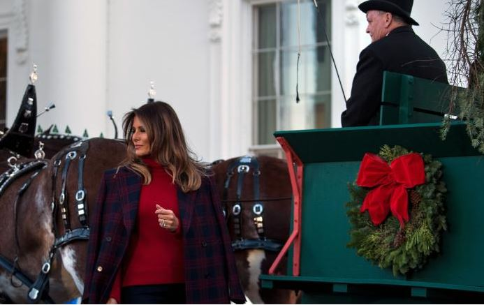 Photos: Melania Trump unveils White House Christmas decorations
