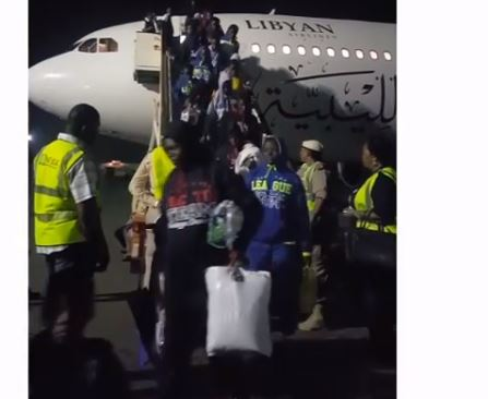 Video:?239 Nigerian Migrants return from Libya amidst slave trade crisis
