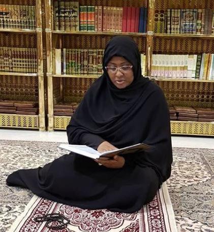 Aisha Buhari shares photo of herself praying at the Prophet Moh?d (PBUH) mosque in Saudi Arabia