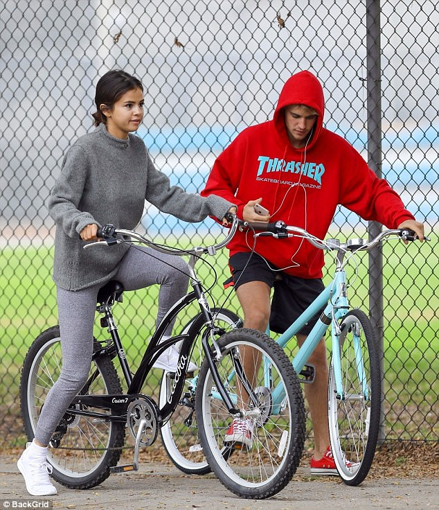 Selena Gomez finally confirms reunion with first love Justin Bieber, says she