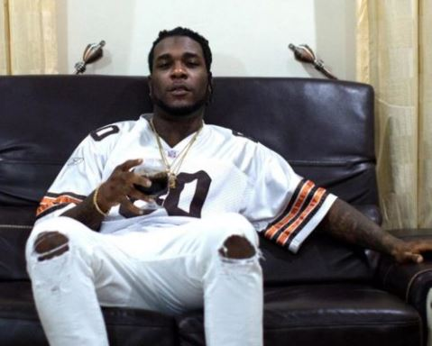 Burna Boy to honour police invitation when he returns to Nigeria this month