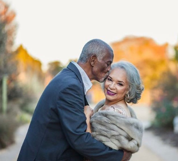 Aww! Lady shares stunning photos of her parents who have been married for 47 years and triumphed over cancer...twice.